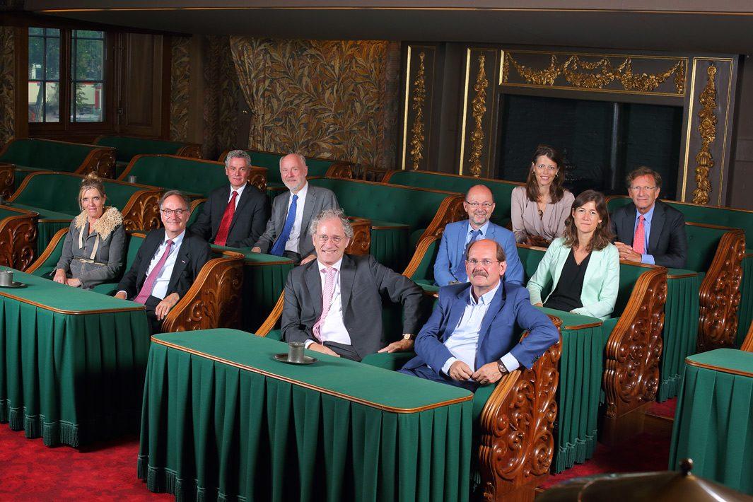 Groepsfoto eerste kamerfractie D66