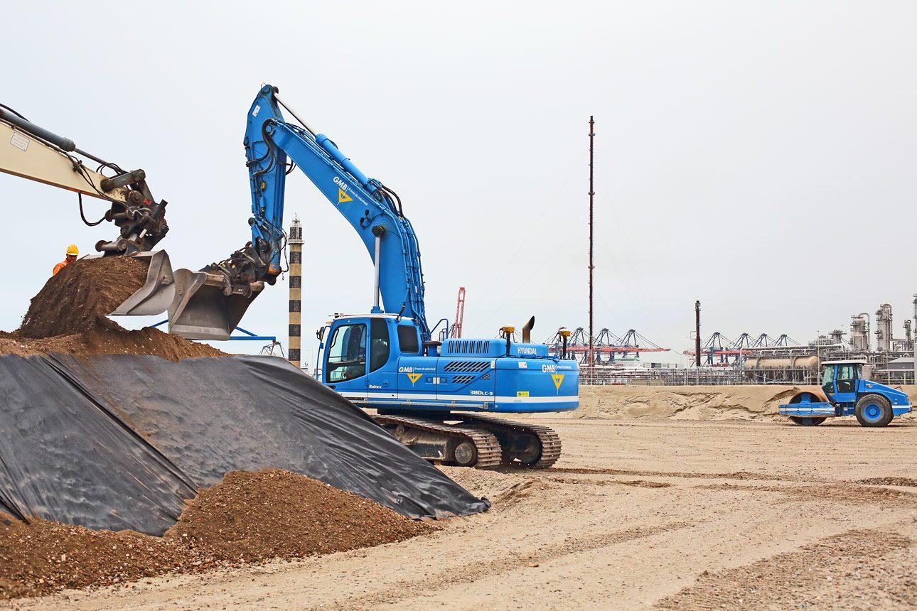 Bouwfotografie, foto van een bouw locatie op de Maasvlakte
