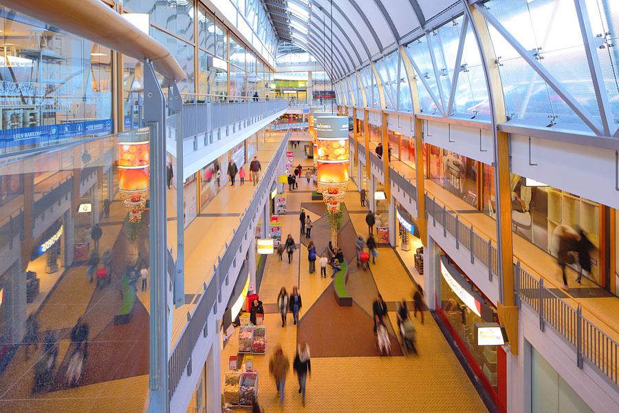 Interieur Megastores Den Haag