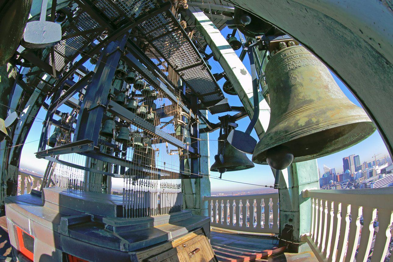fotoreportage van de klokken van de grote kerk te Den Haag