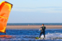 foto strand kitesurfer zandmotor