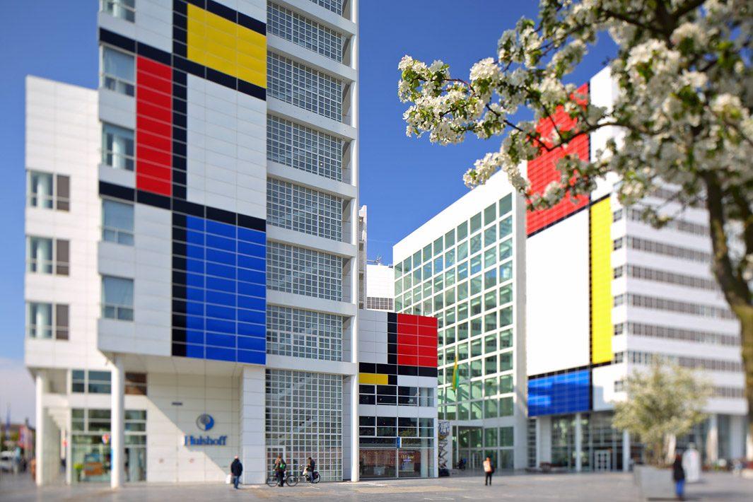 Centrum Den Haag, stadhuis gefotografeerd met tilt-shift lens