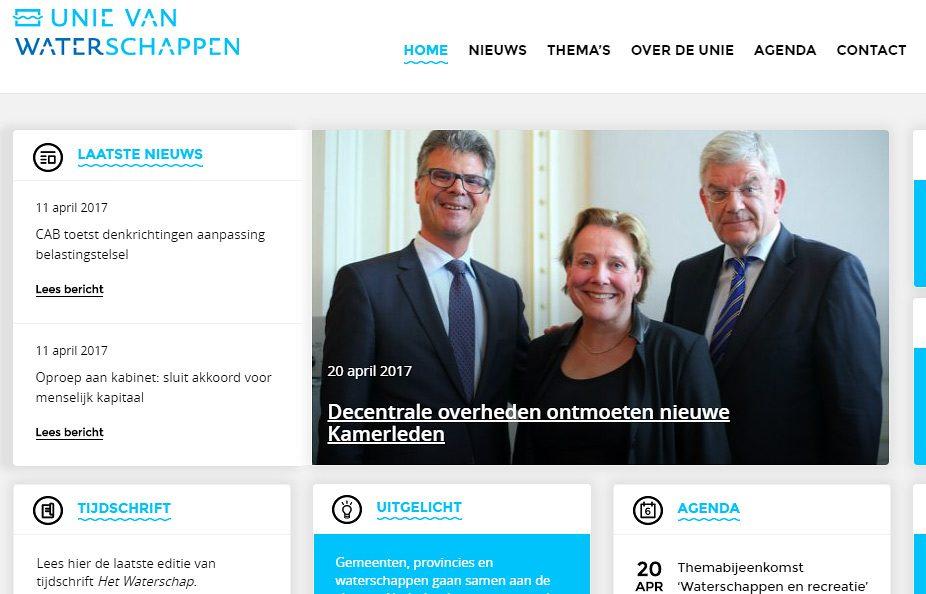 Groepsfotografie tijdens congres in Den Haag