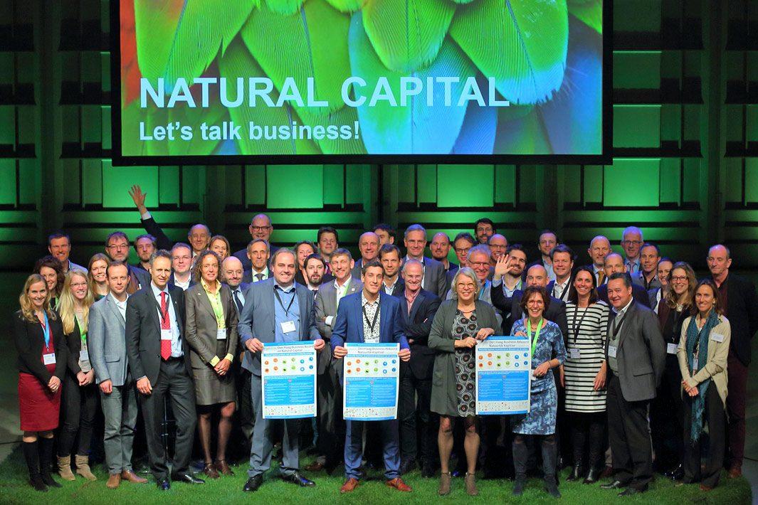 Groepsfotografie tijdens congres Den Haag