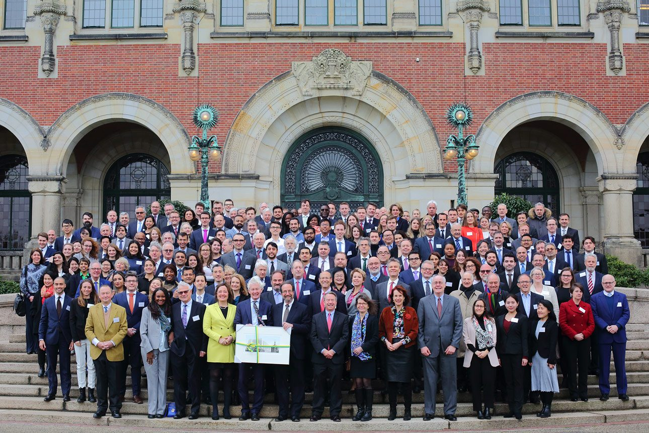 Group photo at the Peace Palace in The Hague by photographer in The Hague