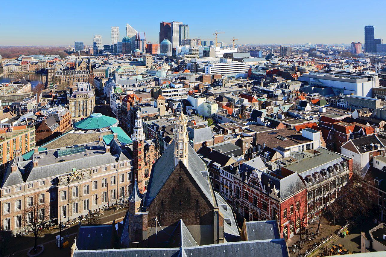 Foto van het uitzicht vanaf de  grote Kerk Den Haag