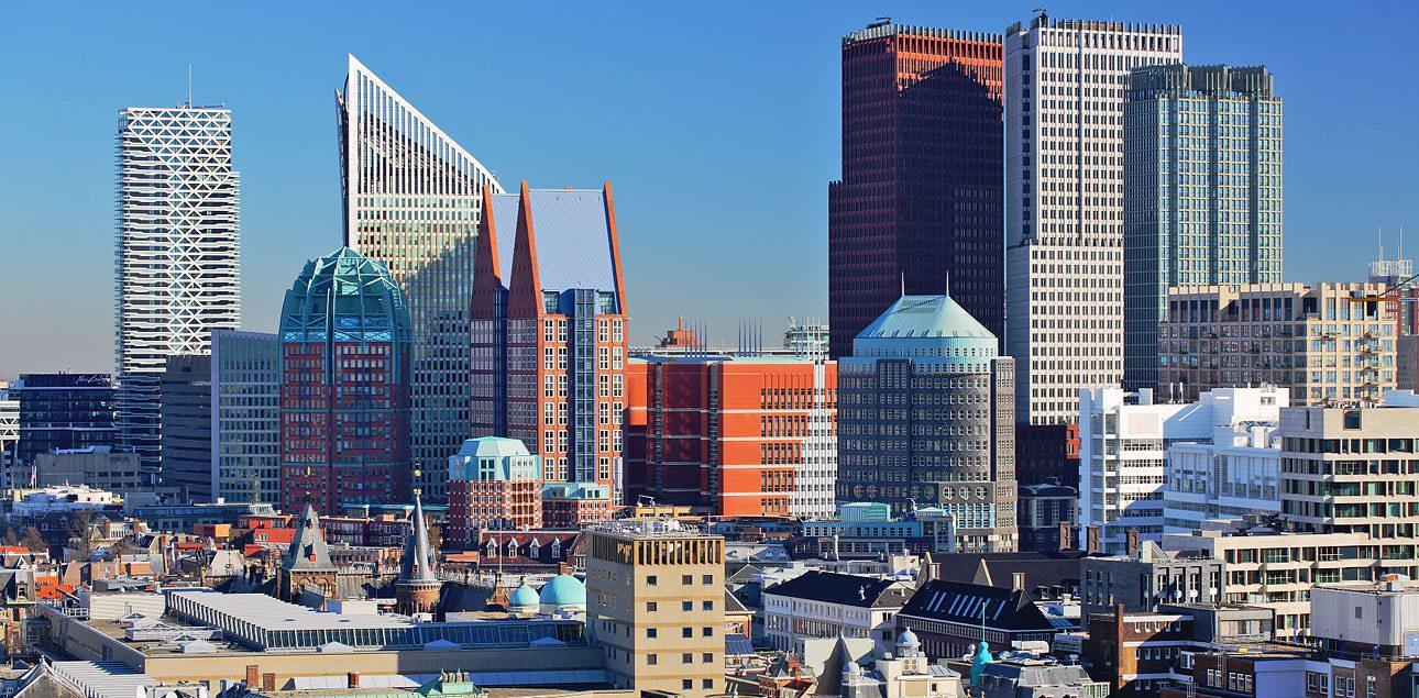 Foto's van de skyline van Den Haag