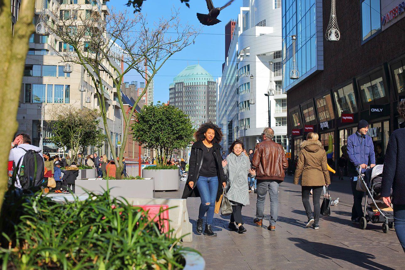 straatfotografie in het centrum van Den Haag